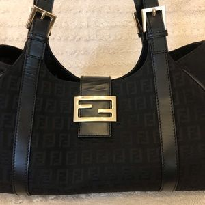 For FENDI Lovers! ❤️ Fendi Zucchino Shoulder Bag❤️